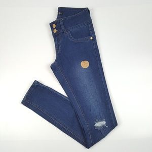Distressed Skinny Jeans {Classic Blue Girl}